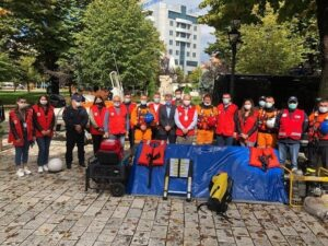 Staff and volunteers of the Albanian Red Cross set up stands in city centre across the country to raise peoples' awareness of flood risks. Credit: Albanian Red Cross